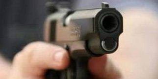 Silahlı saldırı anı güvenli kamerasında